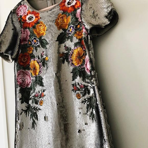 f22c404770c3 Oasis Dresses | Nwt Sequin Floral Shift Dress Size 6 Us | Poshmark